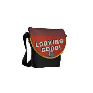Looking good courier bag