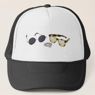 LookingForEngagementRing061809 Trucker Hat