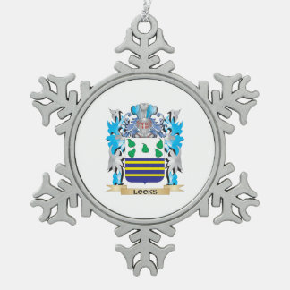 Looks Coat of Arms - Family Crest Ornaments