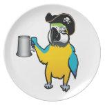 Loro amarillo del pirata del Macaw con una jarra d Plato De Comida
