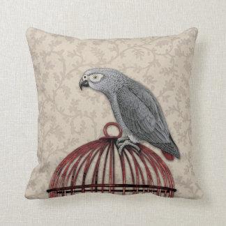 Loro del gris africano en Birdcage rojo Almohadas