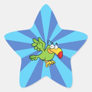Loro verde del dibujo animado pegatina en forma de estrella