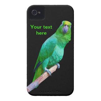 Loro verde del Macaw en un personalizable del miem iPhone 4 Cárcasas
