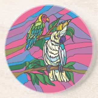 Loros coloridos de los pájaros del vitral posavasos manualidades