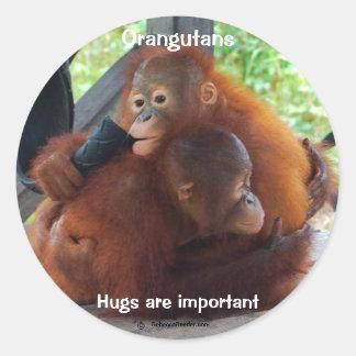 Los abrazos son importantes etiqueta redonda