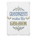Los abuelos hacen vida de oro