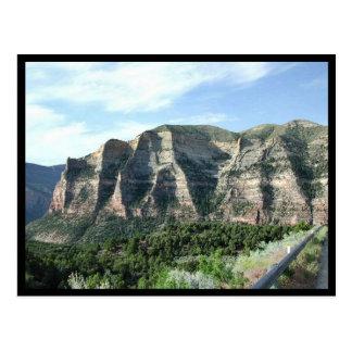 Los acantilados de Scheer a lo largo del camino a Postales