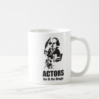Los actores lo hacen en etapa taza
