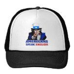 Los americanos hablan el gorra/el casquillo ingles
