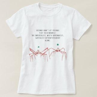 Los amigos no dejan la camisa de los amigos
