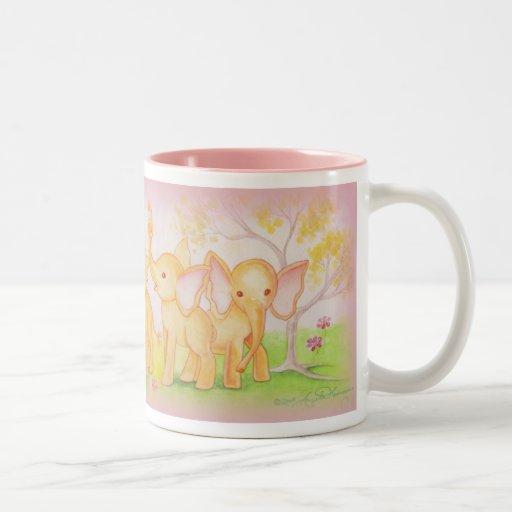 Los amigos son maravillosos--¡Los elefantes saben! Taza De Café