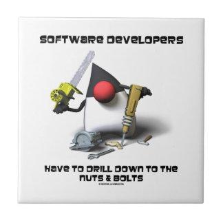 Los analistas de programas informáticos tienen que azulejo cuadrado pequeño