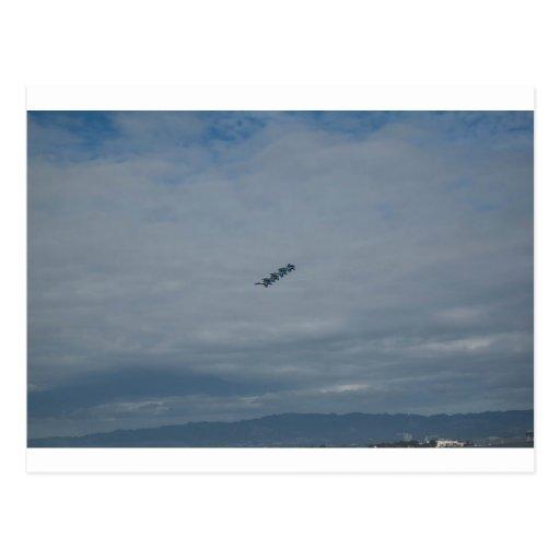 Los ángeles azules en Formation.jpg Tarjetas Postales