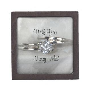 Los anillos de bodas en gris me casan caja de joyas de calidad