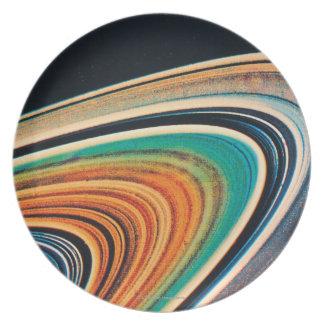 Los anillos de Saturn 2 Plato De Comida