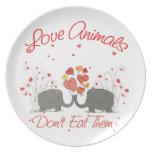 Los animales del amor no los comen platos para fiestas