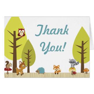 Los animales del arbolado doblados le agradecen la tarjeta pequeña