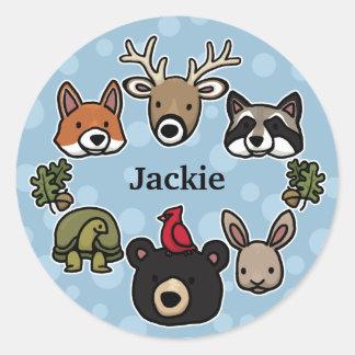 Los animales lindos y amistosos del bosque, añaden pegatina redonda