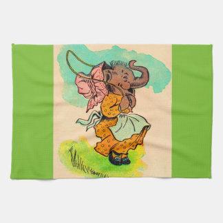 los años 30 vistieron el elefante que jugaba la toallas