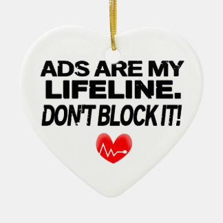 Los anuncios son cuerdas de salvamento adorno navideño de cerámica en forma de corazón