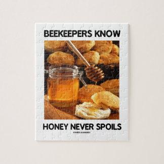 Los apicultores saben que la miel nunca estropea rompecabeza