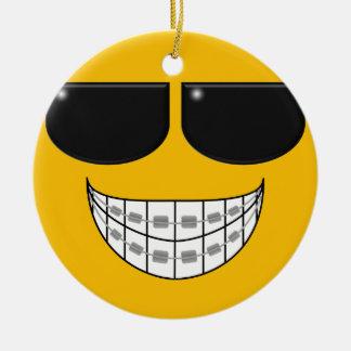 Los apoyos del dentista son ornamento fresco adorno para reyes