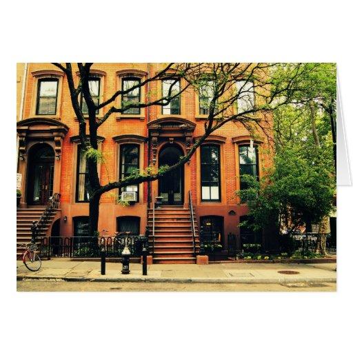 Los árboles crecen en Brooklyn Felicitacion