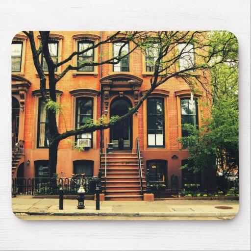 Los árboles crecen en Brooklyn Mouse Pads