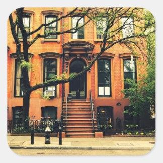 Los árboles crecen en Brooklyn Pegatina Cuadrada