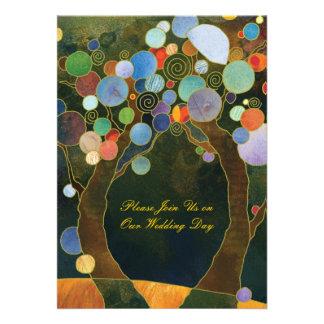 Los árboles de amor en el boda artístico azul del