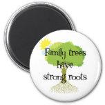 Los árboles de familia tienen raíces fuertes imán de frigorifico