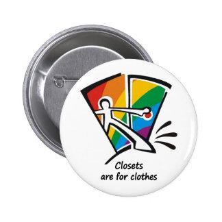 Los armarios están para la ropa pins