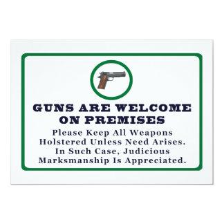Los armas son agradables en muestra de las invitación 12,7 x 17,8 cm