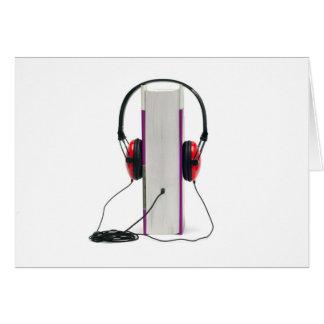 los auriculares del audiolibro leyeron la educació