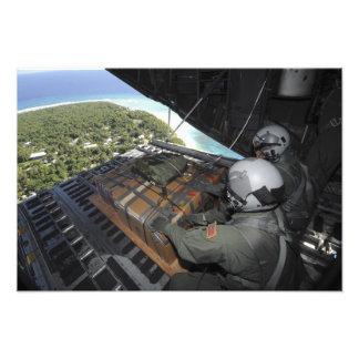 Los aviadores eliminan una plataforma de fotografías