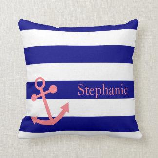 Los azules marinos personalizados y se ruborizan almohada