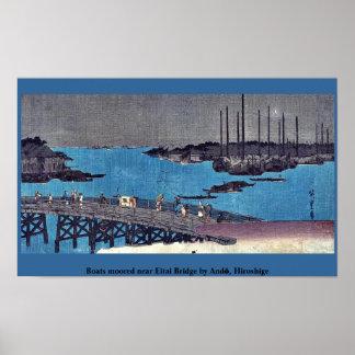 Los barcos amarraron cerca del puente de Eitai por Posters