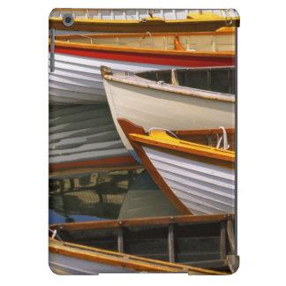 Los barcos coloreados brillantes en el barco de ma funda para iPad air