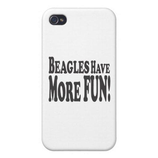 ¡Los beagles se divierten más! iPhone 4 Carcasa