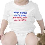 Los bebés blancos no pueden saltar camisetas