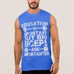 Los bíceps grandes son Importanter que la camisa