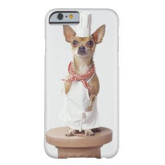Los blancos del cocinero que lleva del perro de la funda para iPhone 6 barely there