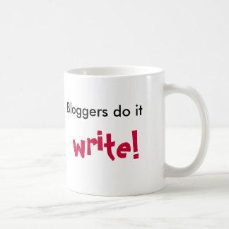 ¡Los Bloggers lo hacen, escriben! , Taza Básica Blanca
