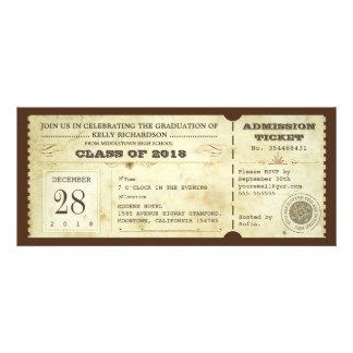 los boletos de la graduación de la tipografía del invitaciones personales