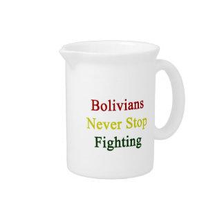 Los bolivianos nunca paran el luchar jarra para bebida