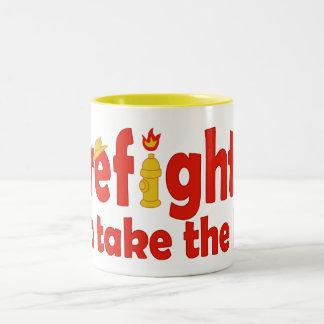 Los bomberos pueden tomar el calor taza de café de dos colores