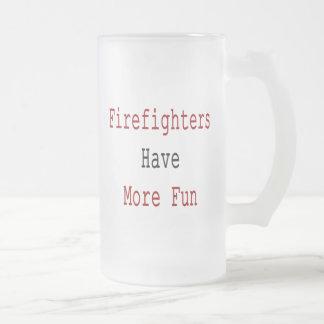 Los bomberos se divierten más taza