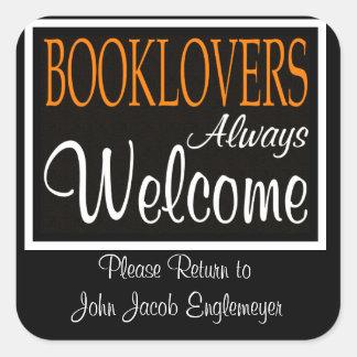 Los Booklovers dan la bienvenida siempre a Pegatina Cuadrada