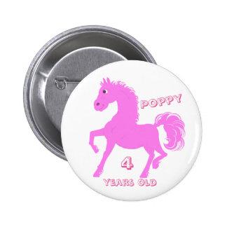 Los botones rosados del potro añaden el nombre,
