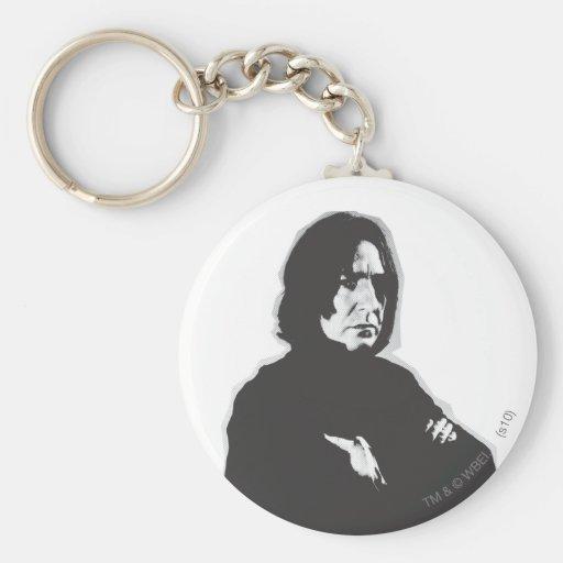 Los brazos de Severus Snape cruzaron el B-W Llavero